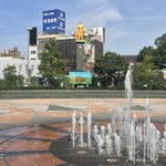 岐阜駅前の広場